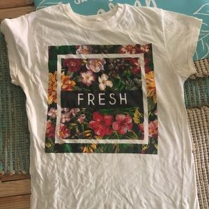 Tops - 🌟SALE: 3 for $18 🌟 FRESH T-shirt